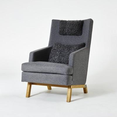Gad Gothem High Armchair - Wool Upholstery - Oak Legs - Gotland Lambskin Cushions