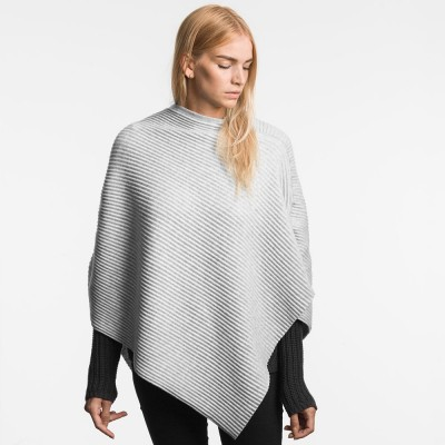 Design House Stockholm Short Pleece Poncho - Light grey