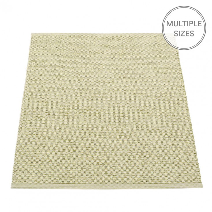Pappelina Svea Small Mat - Olive Metallic - 70 x 90 cm