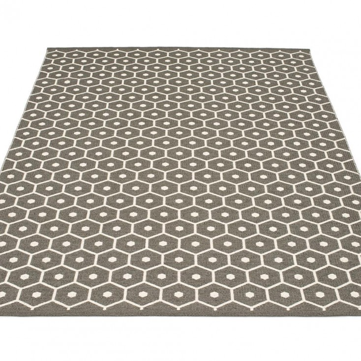 Pappelina Honey Large Rug - Charcoal