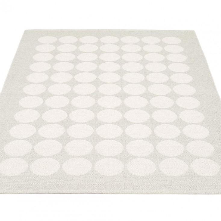 Pappelina Hugo Large Rug   White Metallic