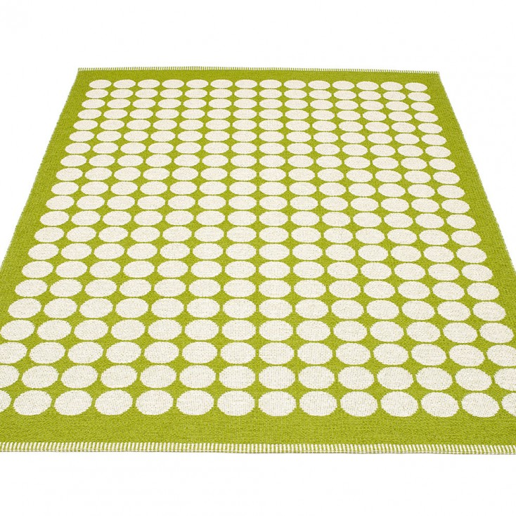 Pappelina Fia Large Rug - Apple