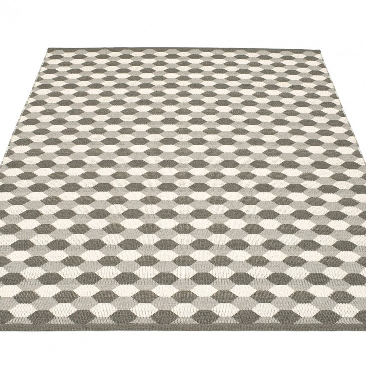 Pappelina Dana Large Rug - Warm Grey
