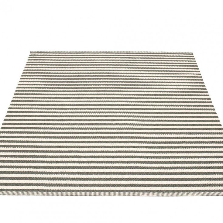 Pappelina Duo Large Rug - Charcoal - 180 x 220 cm
