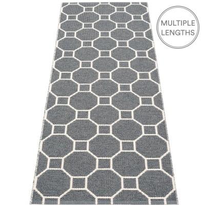 Pappelina Rakel Runner - Granit 70 x 225 cm