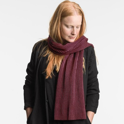 Design House Stockholm Short Pleece Scarf - Bordeaux