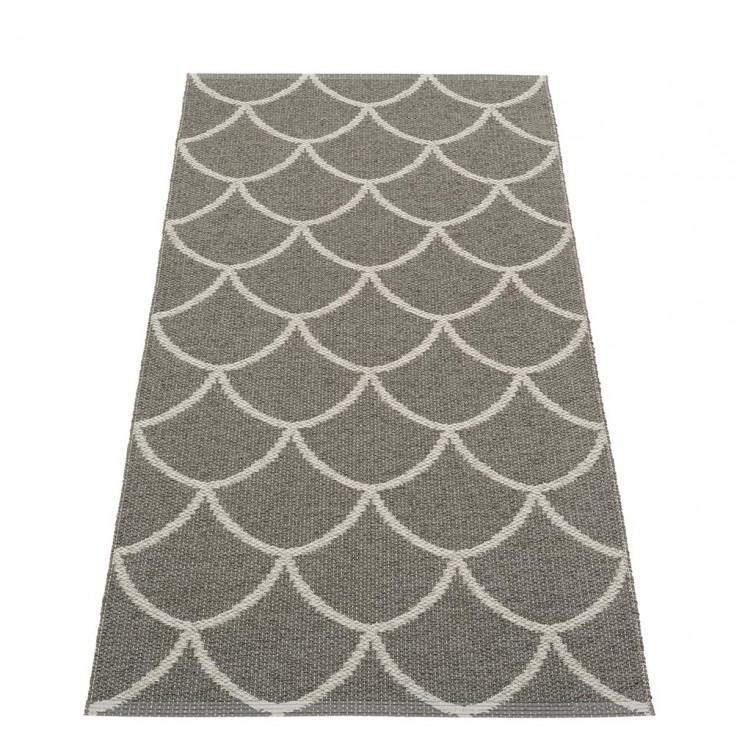 Pappelina Charcoal : Warm Grey Kotte Runner - 70 x 150 cm