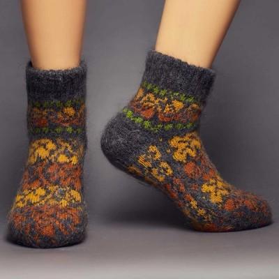 Siberia Spirit Autumn Leaves Goat Hair Socks